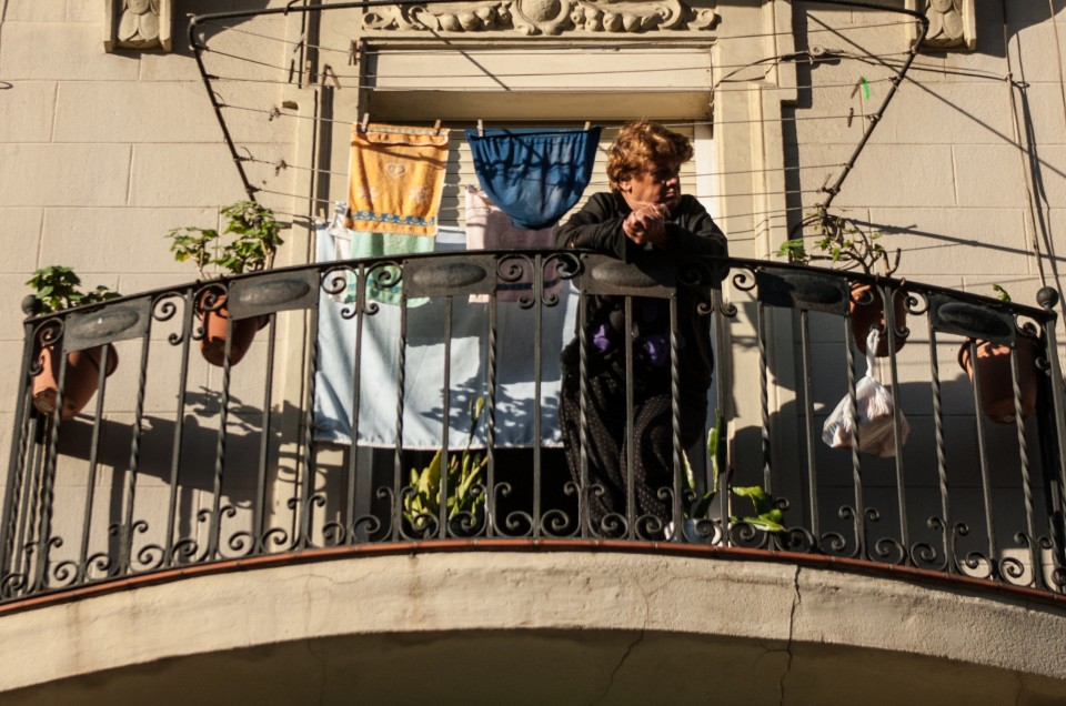 The curious incidents of people watching in Barcelona