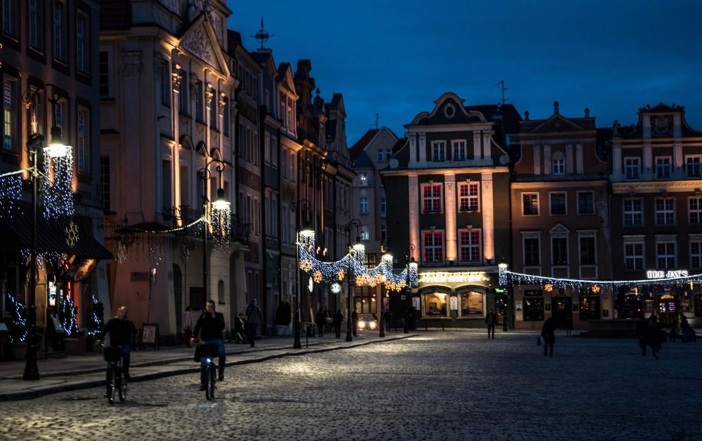Poznan stary rynek nocą