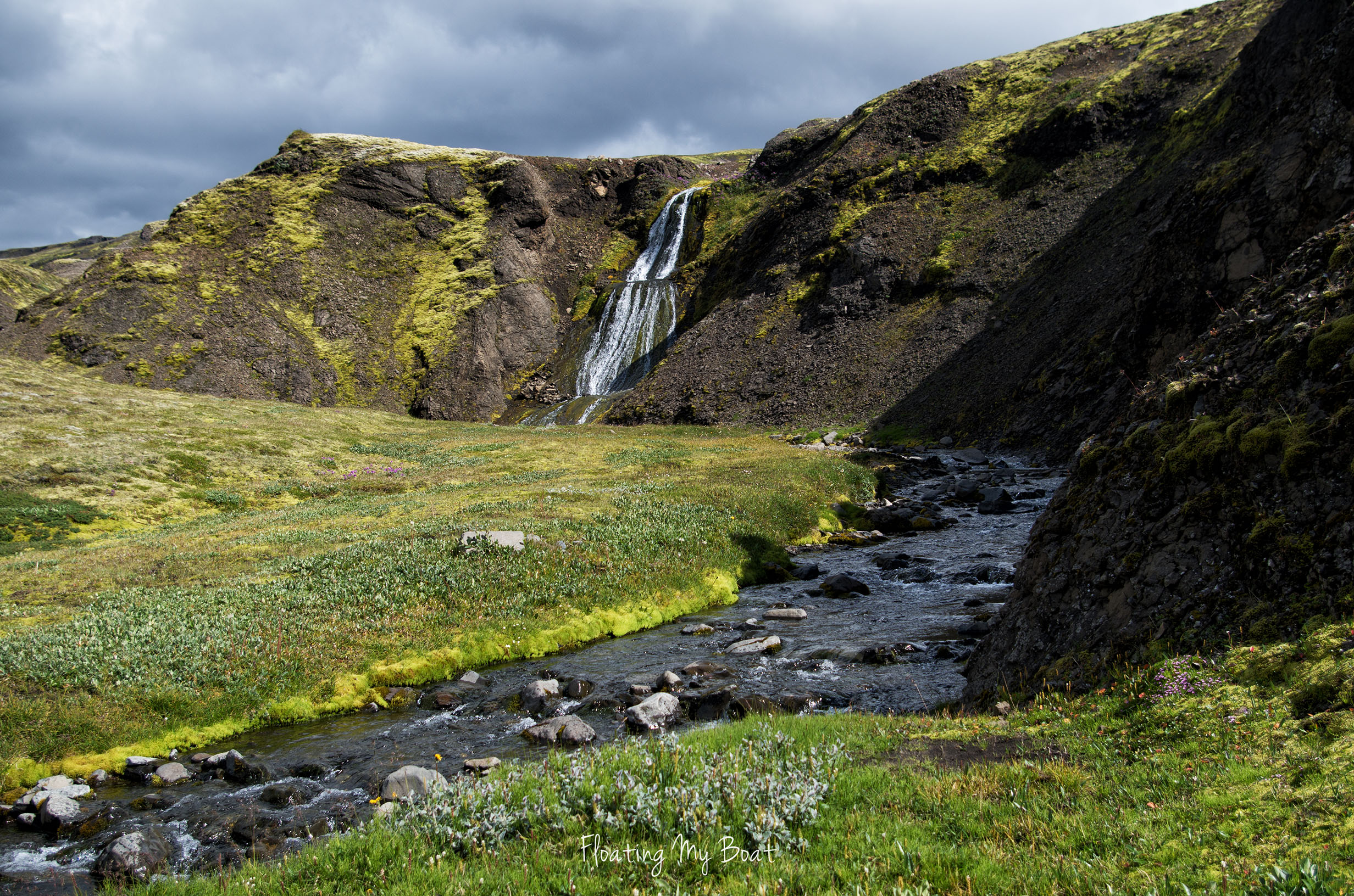 safe-drink-water-river-iceland