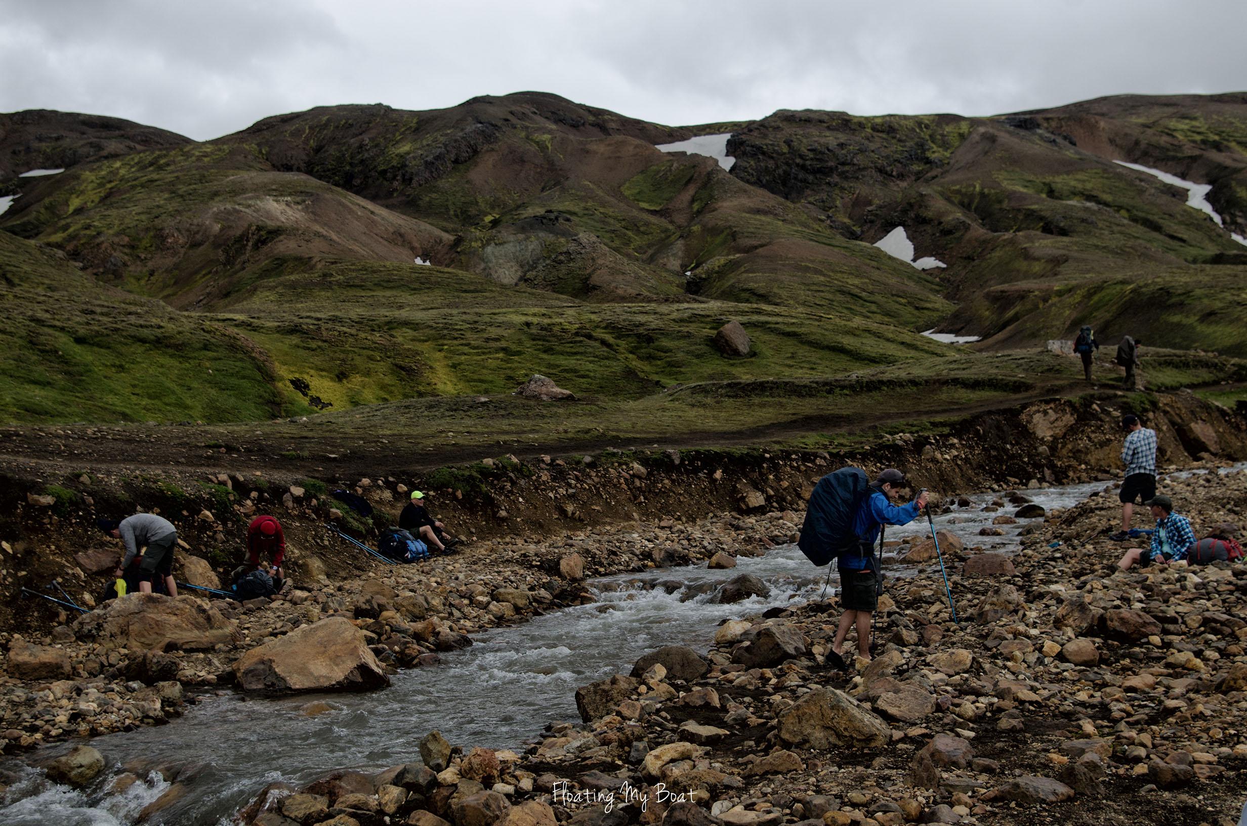 laugavegur-river-crossing