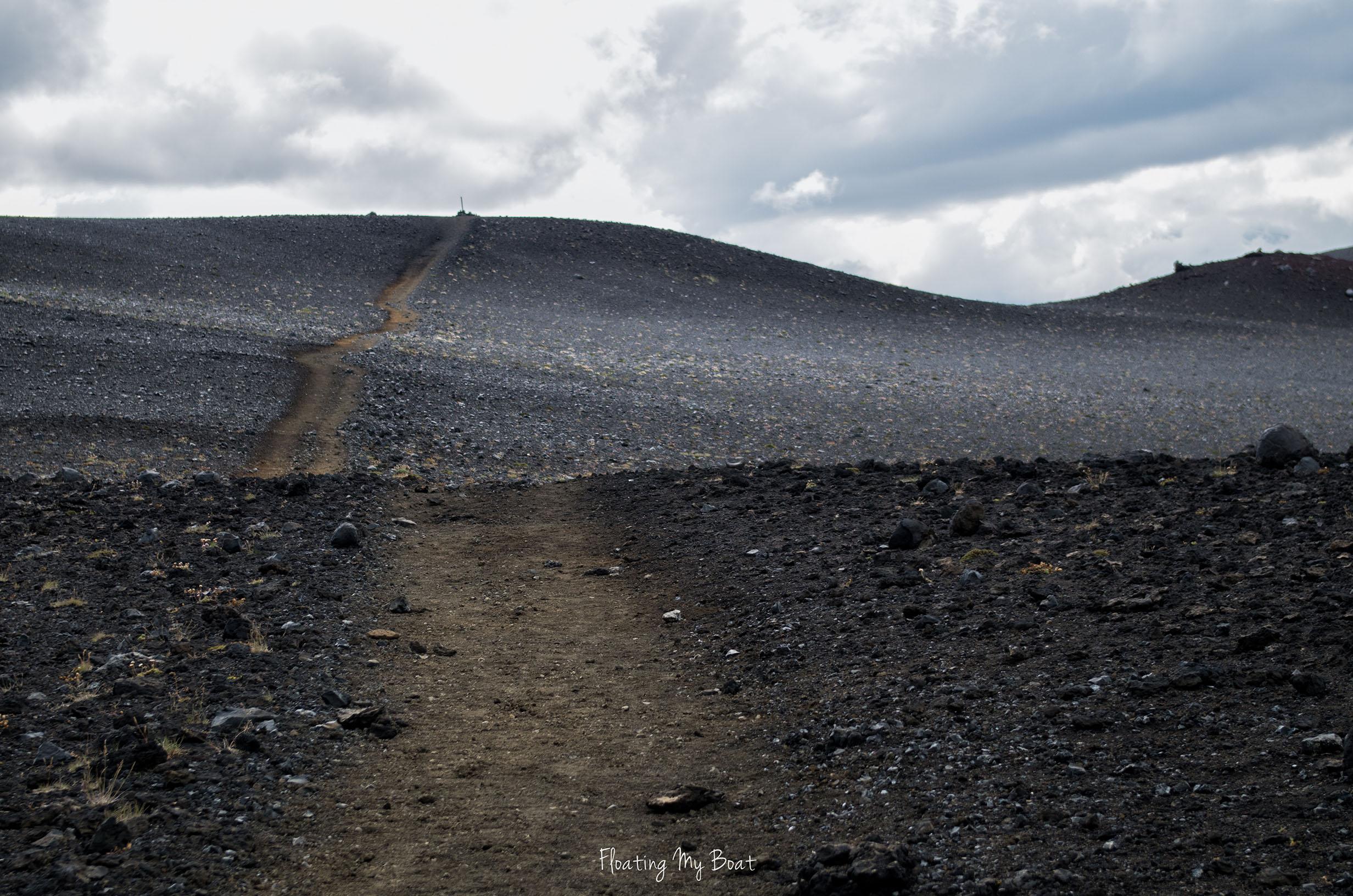 iceland-laugavegur-trek-km-Álftavatn-to-Emstrur-Botnar