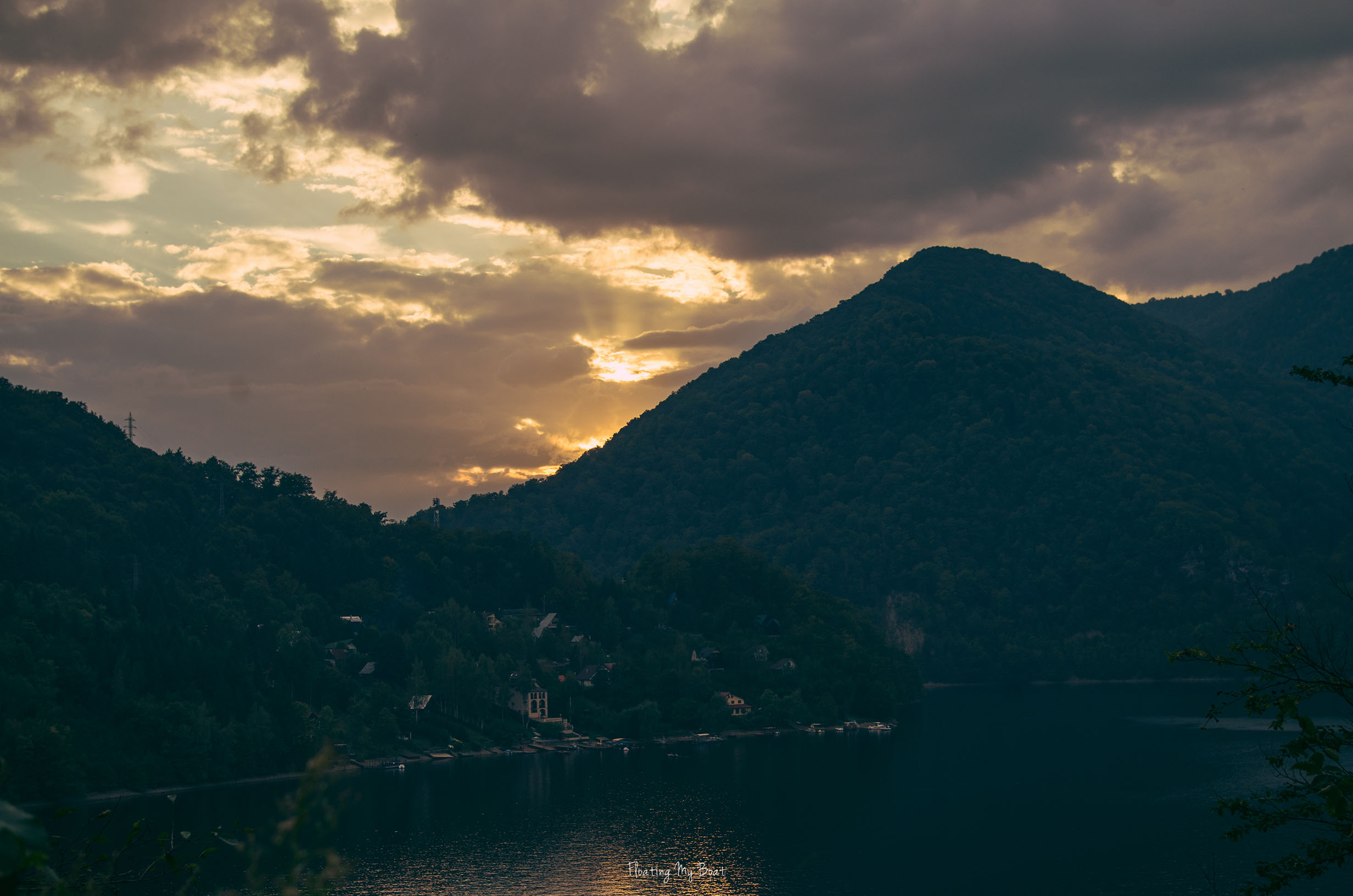 tarnita-lake-cluj-napoka-romania