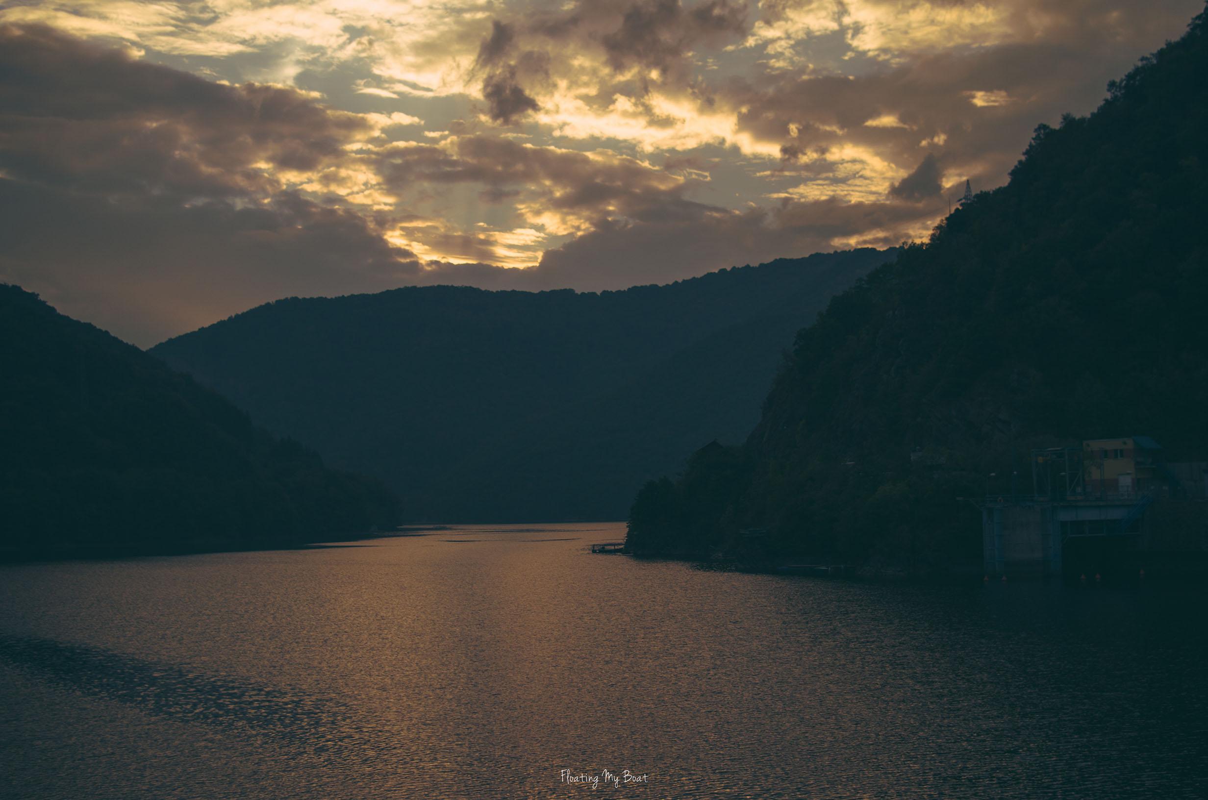 tarnita-lake-cluj-napoka-romania-sunset