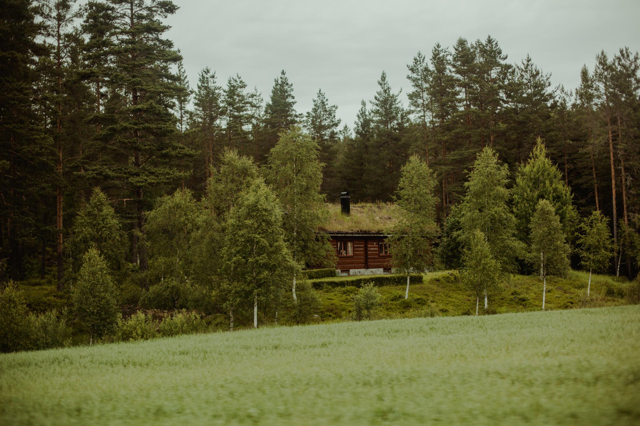 norwegia-poza-szlakiem-Jettegrytene-ciekawe-miejsca-w-norwegii