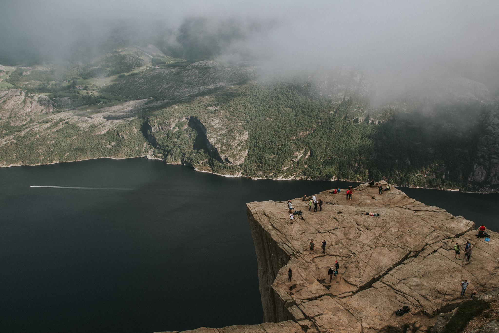 co-zobaczyc-norwegia-preikestolen-ciekawe-miejsca