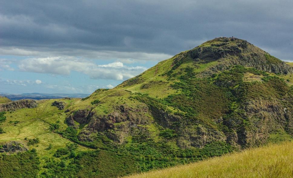 Edinburgh panorama, Salisbury Crags, Arthur's Seat